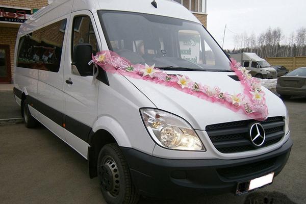 Микроавтобус на свадьбу в Харькове