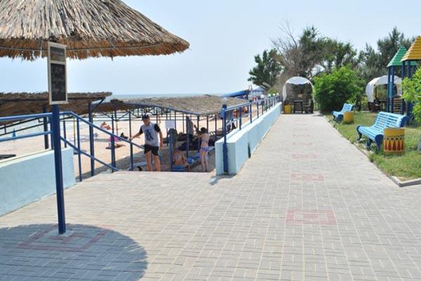 геническ (арабатская стрелка) пляж